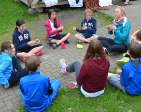Becher Lied Cup Song im Feriencamp