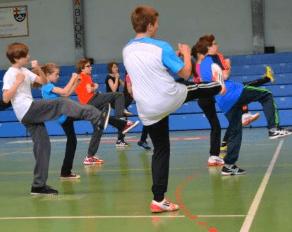 Jugendliche Karate